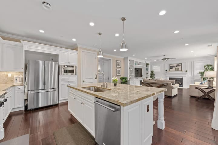 Luxury Single Family House