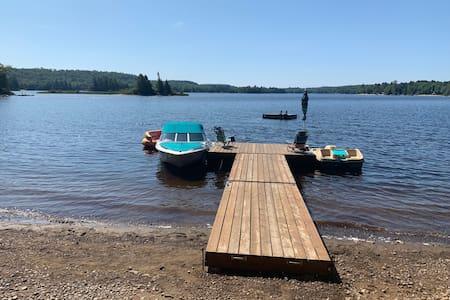 Oxtongue Lake, near Algonquin Park, Lake of Bays