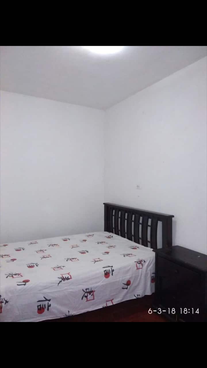 Habitacion cómoda para una o dos personas