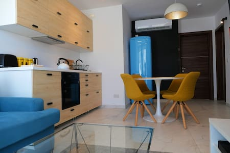 New, Quirky & Bright Penthouse w/ Terrace in Gzira