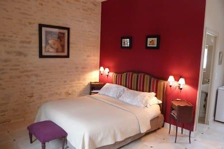 CHAMBRES D'HÔTES - Vix - Bed & Breakfast