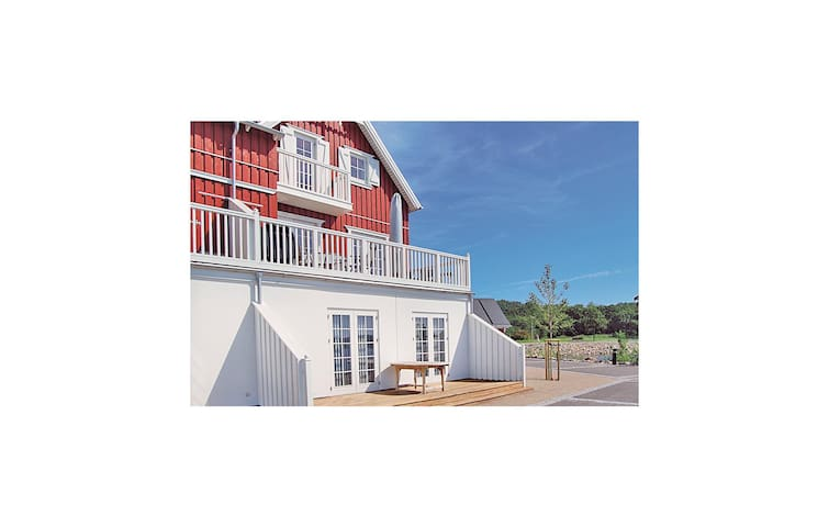 Holiday apartment with 2 bedrooms on 93m² in Gråsten