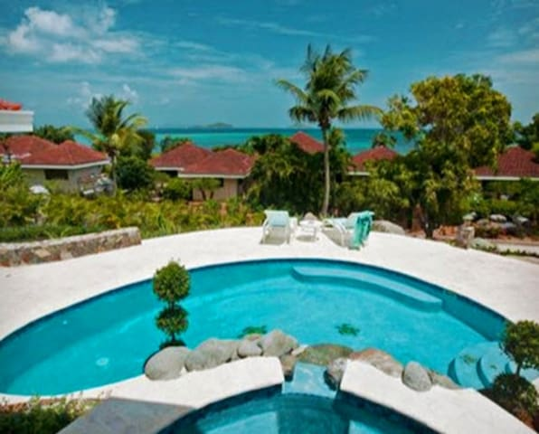 Blue Lagoon, Virgin Gorda (108929) - Spanish Town - Casa de camp