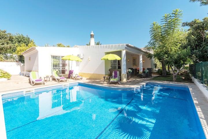 Fabulous  Sunny Villa   Private Pool  Sleeps 6