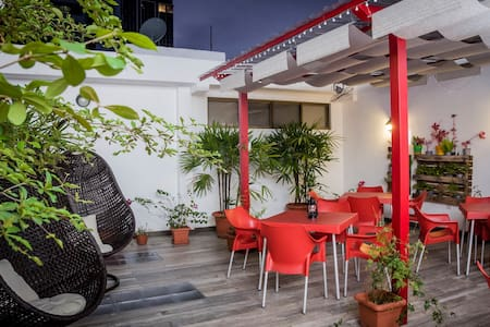 Single Bed in 8 Bed Room - Guayaquil