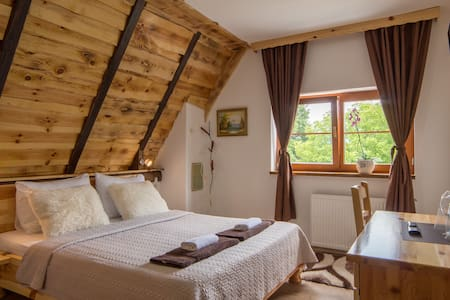 Rustic Lodge Plitvice 6