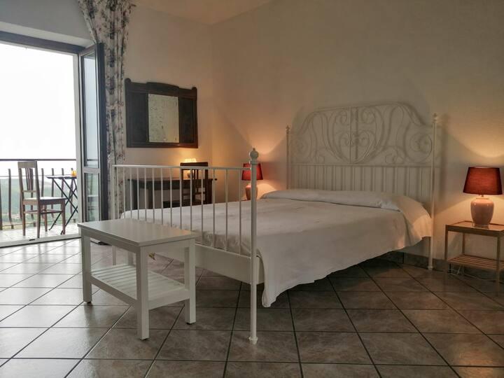 B&B Villa Belvedere Room 3..nel cuore delle Langhe