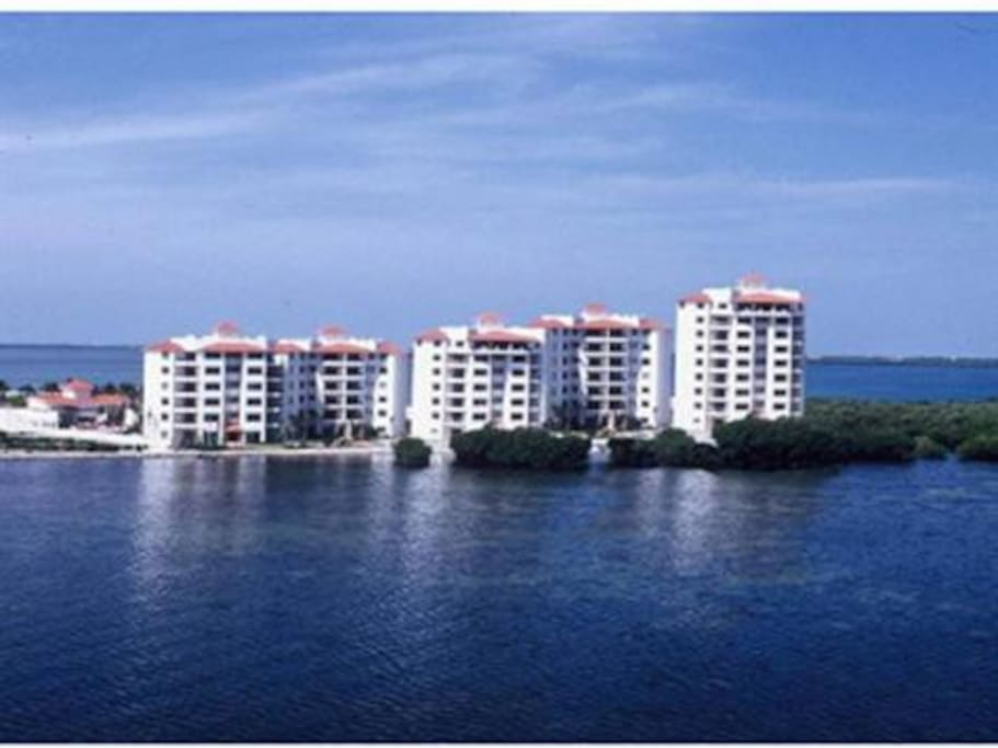 Residencial Punta Dorada
