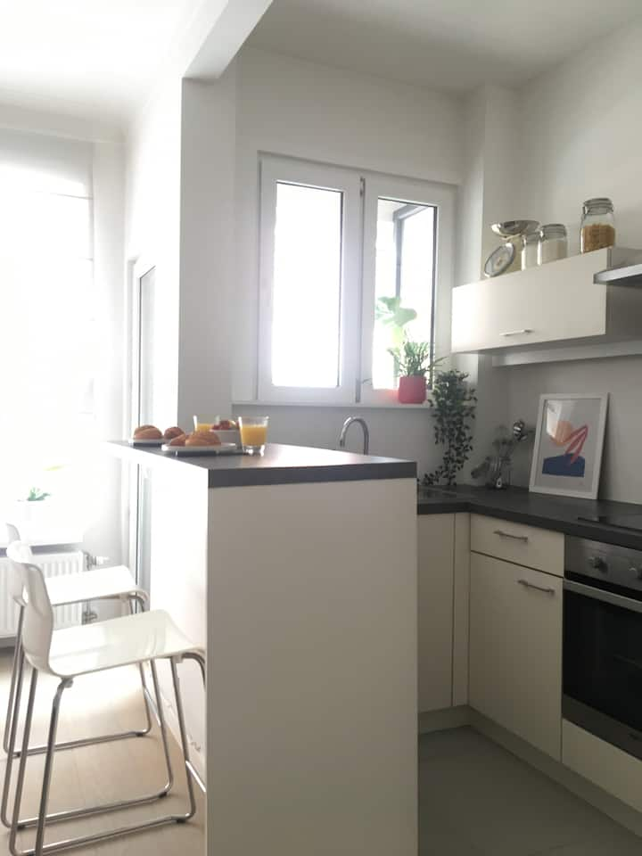 Bright apartment on prime location in Antwerp