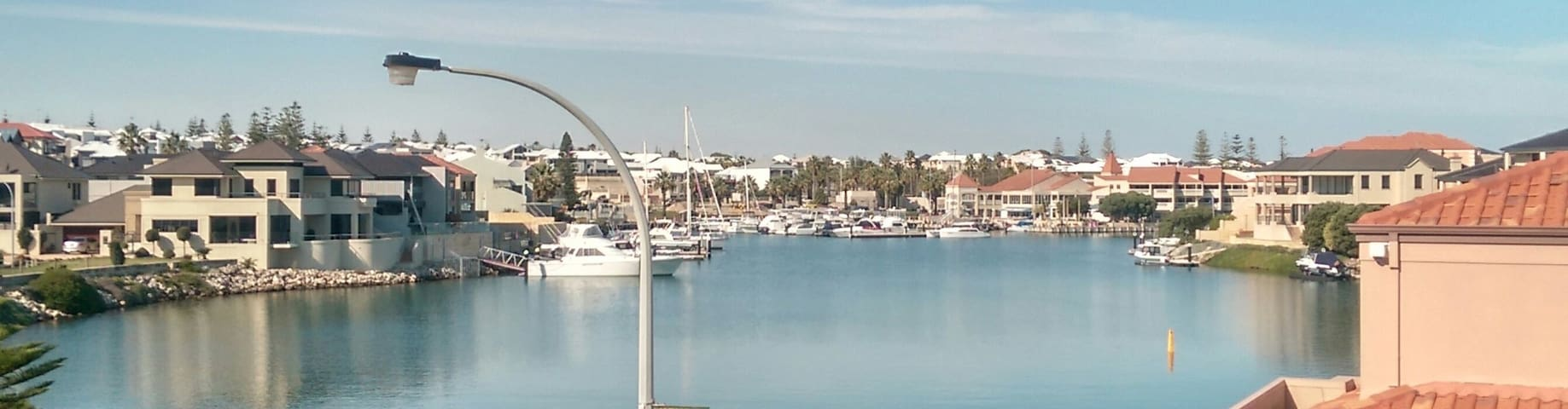 Amazing Waterfront View & Lifestyle - Mindarie