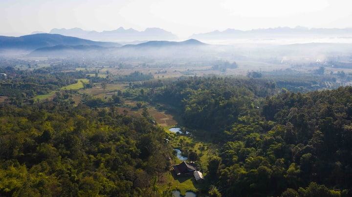 Private Jungle Villa, ORGANIC fields, Stream &BBQ⛰