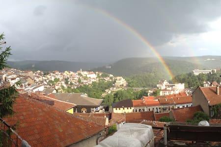 Rainbow's house - Велико-Тырново
