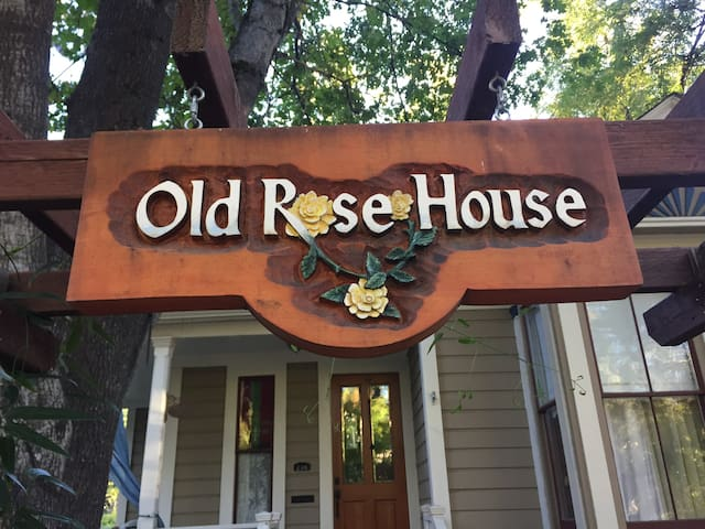 Old Rose House - Private apartment, Nevada City.