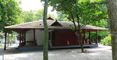 Marari_Azhiyakathu- Room 1