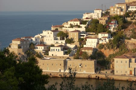 Gorgeous Mansion, Top Views - Hydra - Hydra