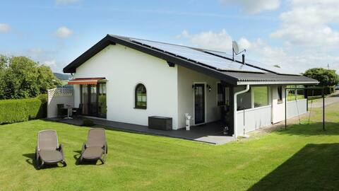 """5-Sterne Wohlfühl-Ferienhaus """"Eifellust"""""""