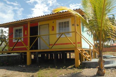 La Tranquilidad de la Playa las Lajas - Las Lajas - Mökki