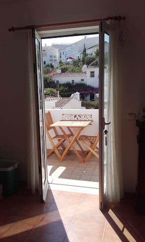 Burgau two bedroom house next to beach - Budens - Casa