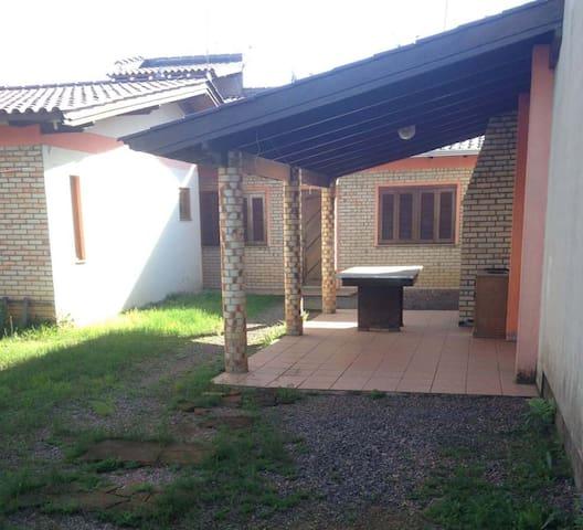 Pousada Universitário - Casa 8 pessoas - Canoas - House