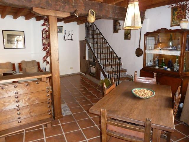 Charming house in Montes de Toledo - Marjaliza - Rumah