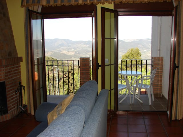 """Apartamento """"Sierra de Segura"""" (2 pax)"""