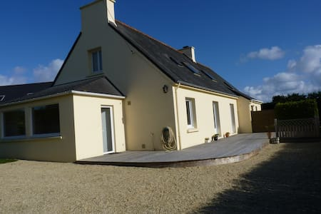 House on the English Channel - Plounéour-Trez