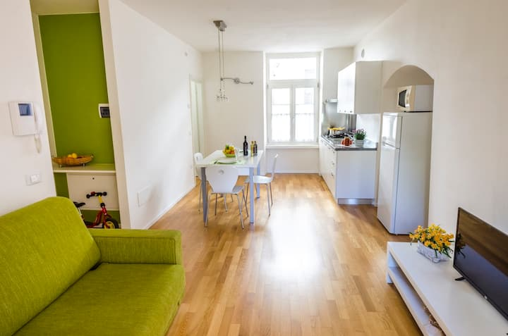 IN THE HEART OF ARCO, APARTMENT WITH TERRACE