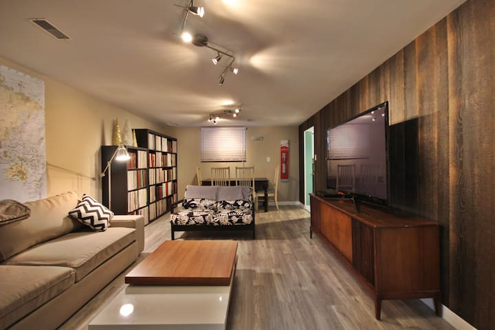 Beautiful 2 BDRM Basement Suite