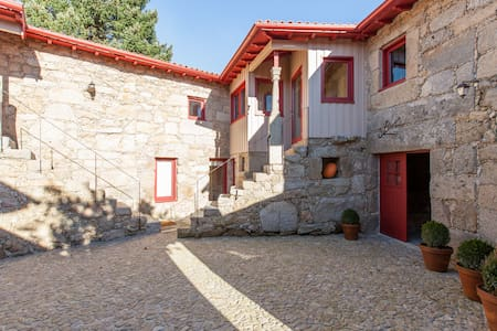 Country House with charm - Quinchães - Villa