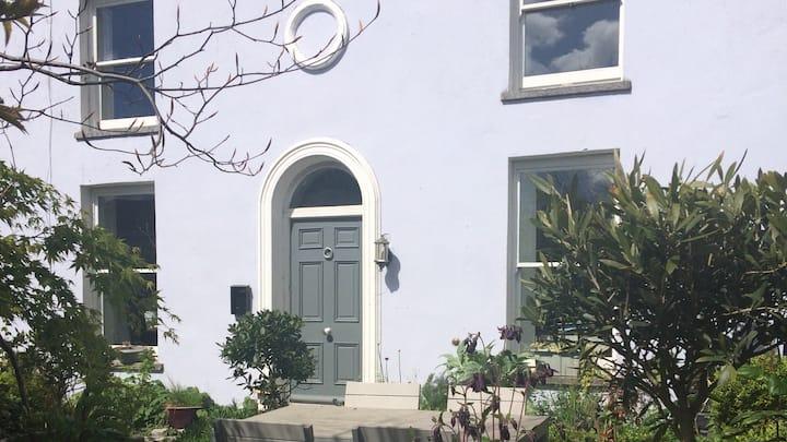 Lovely Regency House within Cork City.
