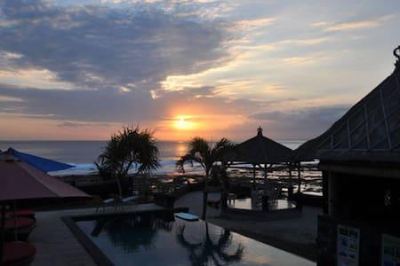 Nusa Ceningan Private Room - Bali