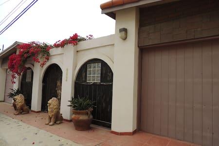 Casa Leon - San Antonio del Mar - Casa