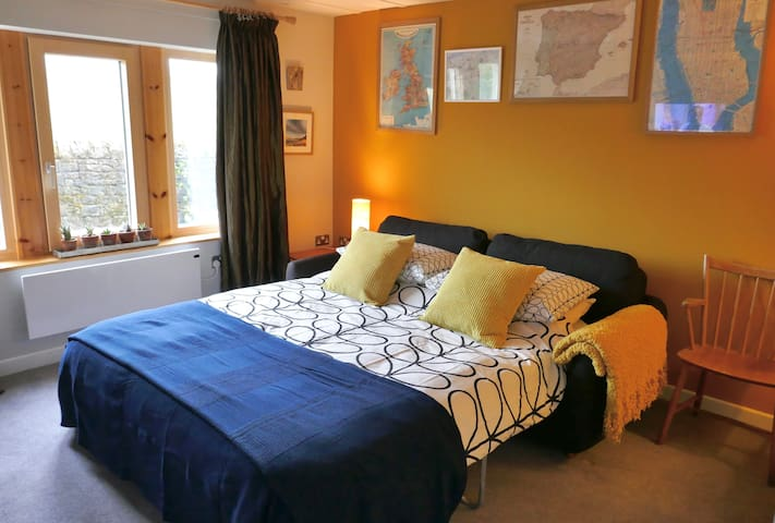 Super-comfortable room on Pennine hillside.