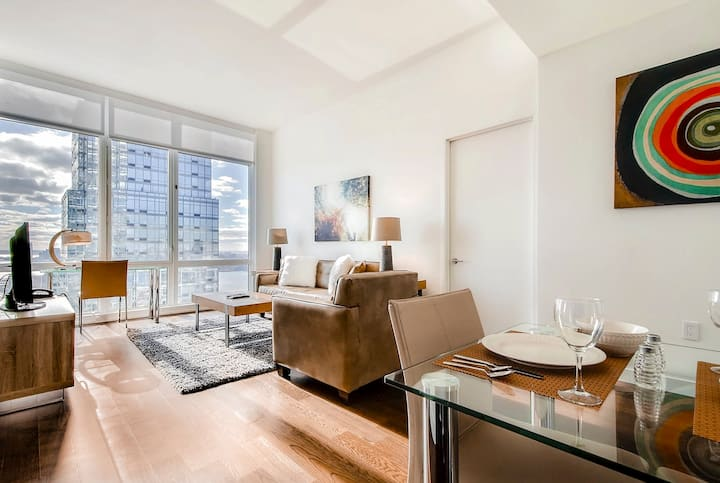 Deluxe Midwest NYC Medical 2BR  - Super Amenities