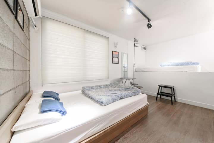Itaewon Yellow Guesthouse - Triple room w bathroom