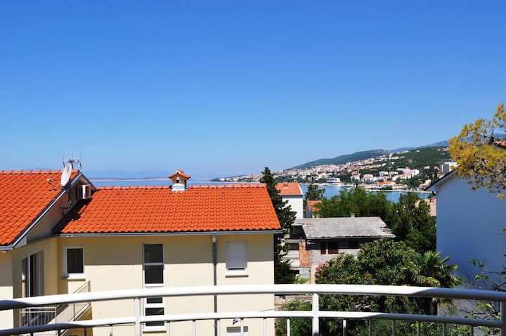 One bedroom apartment with balcony and sea view Selce, Crikvenica (A-11527-b)