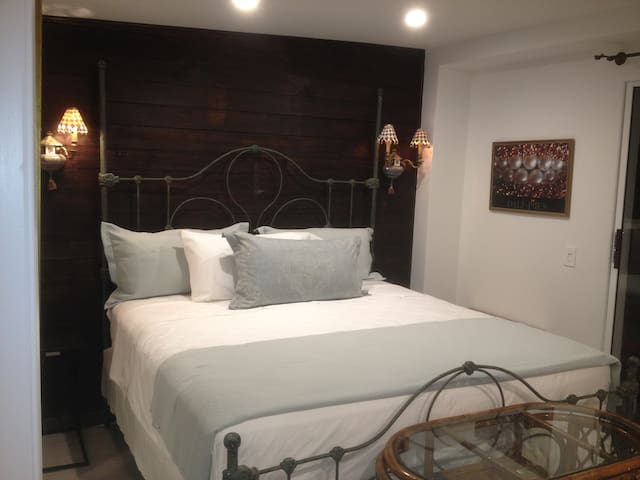 Charming Studio Suite for 2 - West Palm Beach - Lejlighed