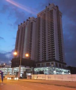 SKYLOFT 2309 Bukit Indah Aeon WiFi - Johor Bahru
