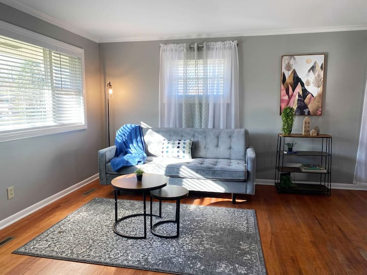 2BD❤Newly Renovated 2BD❤Parking❤Pets Friendly 58