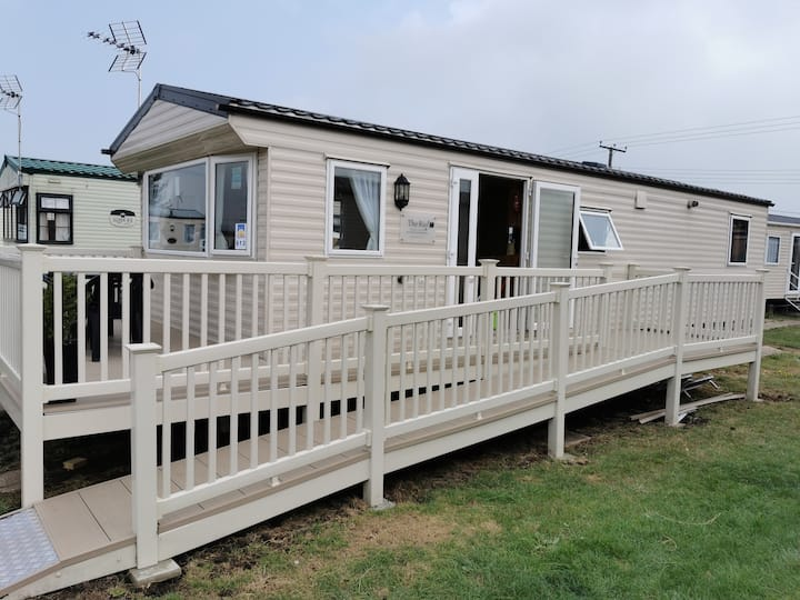 Rio Gold Adapted Unit, 2 Bed, 35`x 12` 4 Berth
