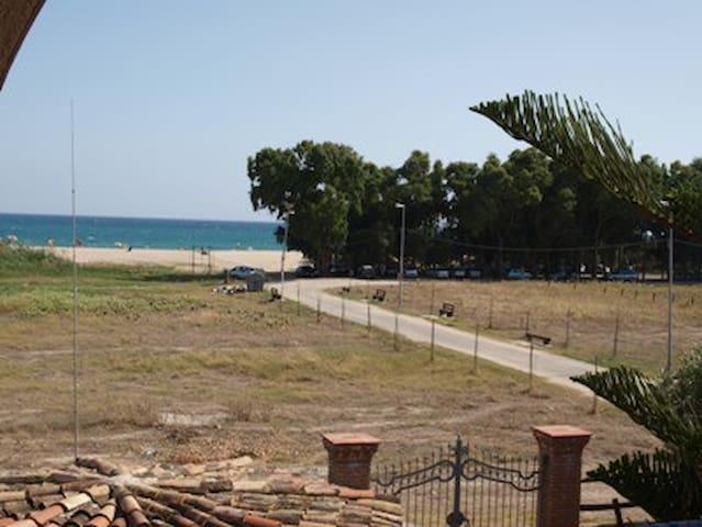 Affittasi appartamento sul mare - Steccato di Cutro - อพาร์ทเมนท์