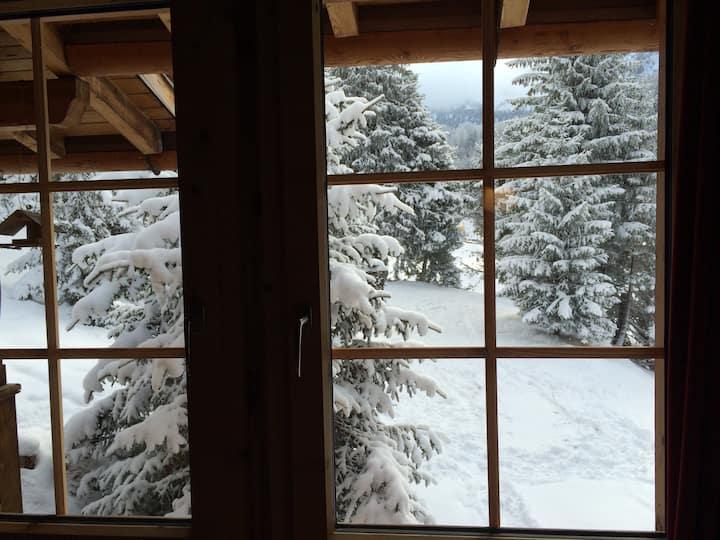 Romantisches Alpen-Chalet