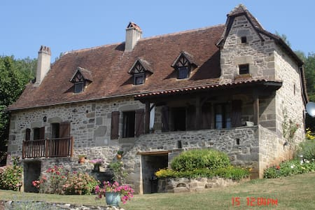 Superbe propriété piscine tennis - Lacapelle-Marival