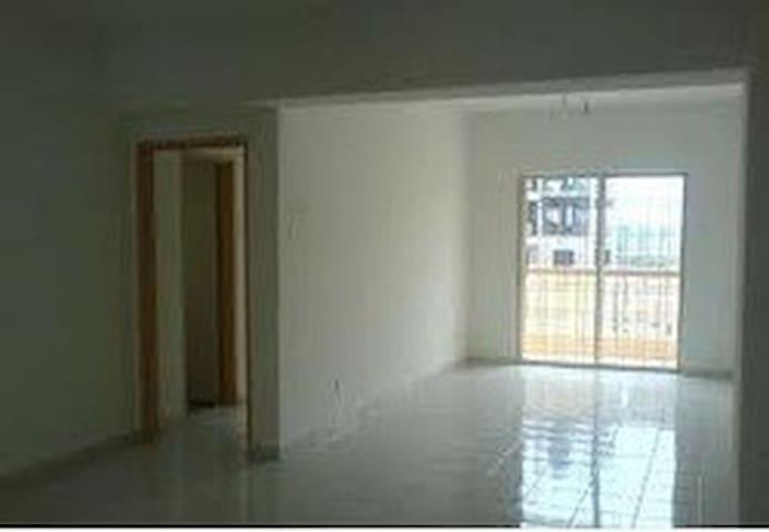 Shared space for minimalist - Kajang - Flat