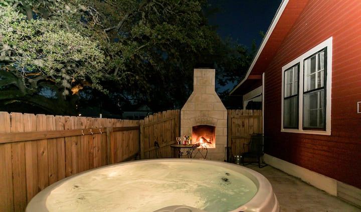 Courtyards On San Antonio - Ava Suite