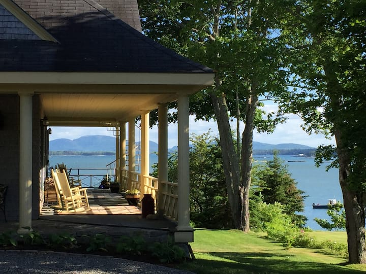 Jasmine - Oceanfront - Acadia Bay Inn Bed & Breakfast