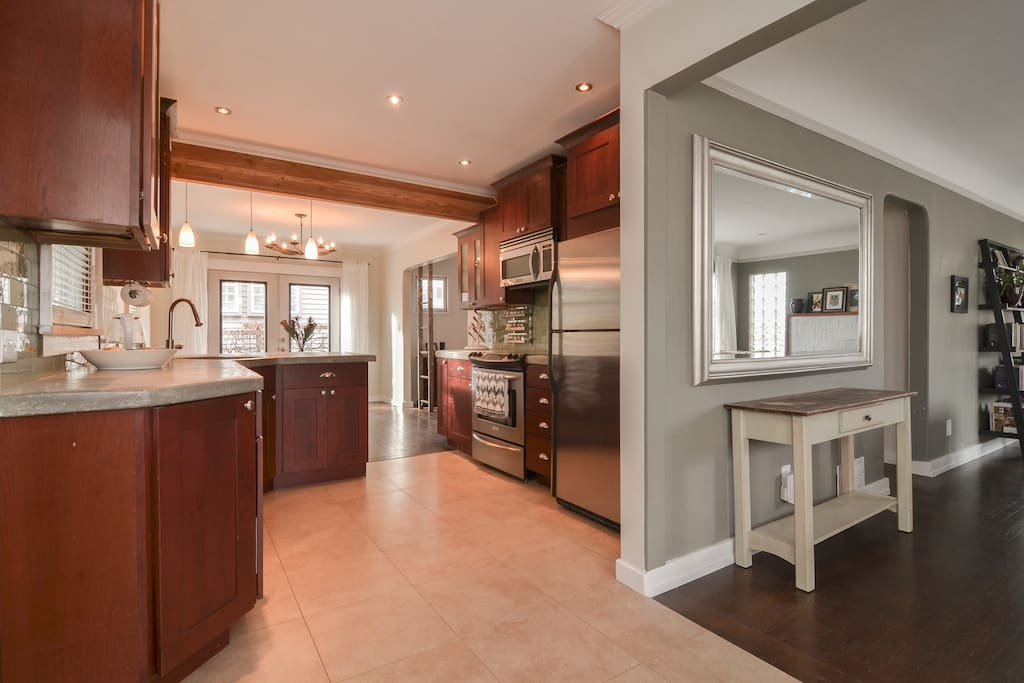 MAIN FLOOR: kitchen
