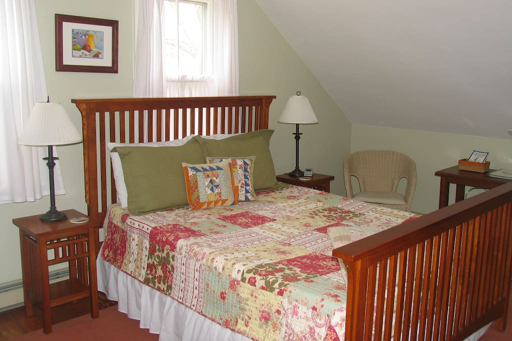 Seabreeze, 2nd floor room with large private bath