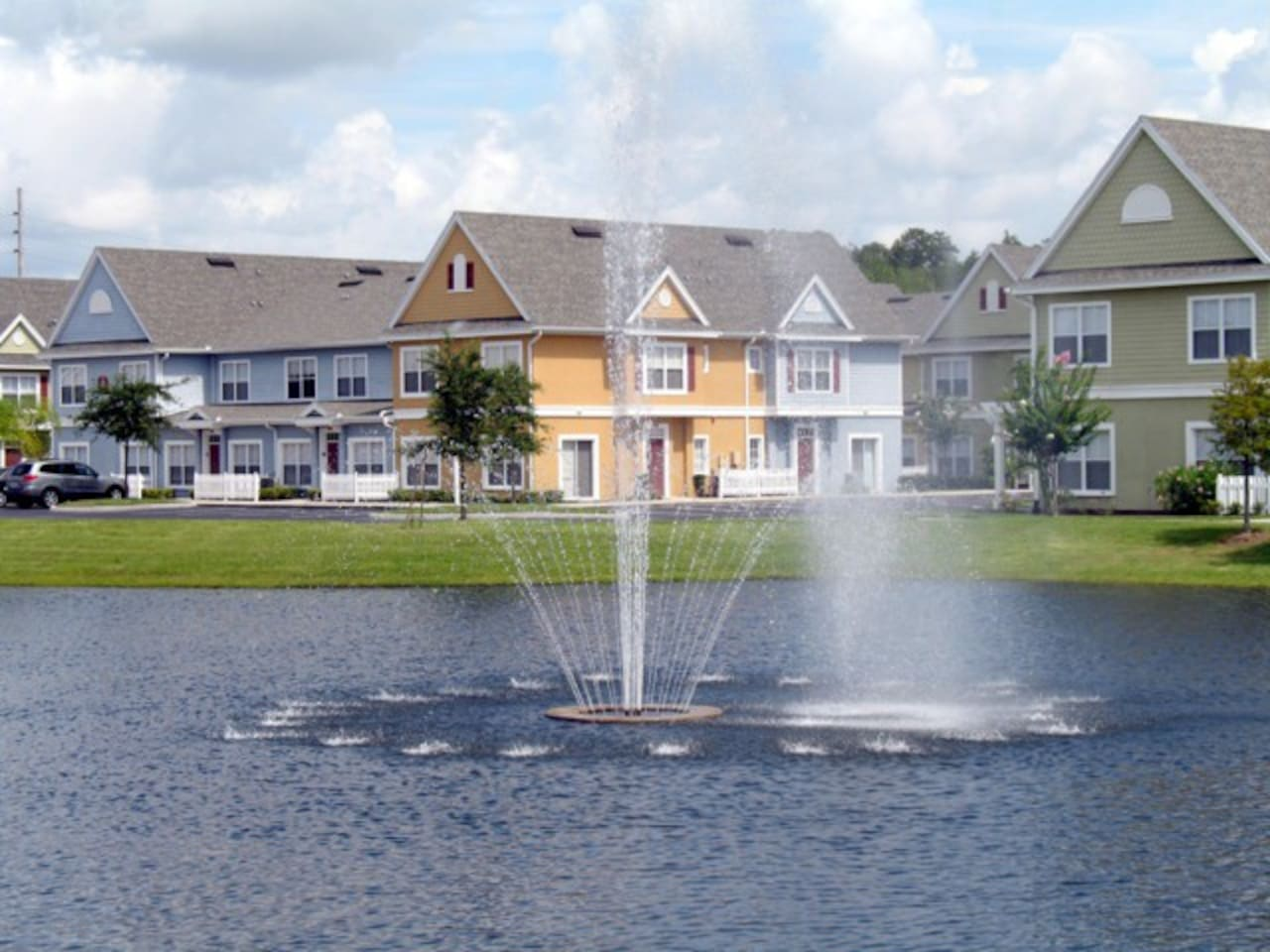 Beautiful Vacation Townhouses in a Guard Gated Resort Community