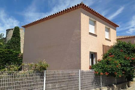 Villa proximité mer - Mireval - House